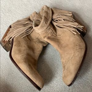 Sam Edelman Shoes - Sam Edelman gently loved leather suede booties!